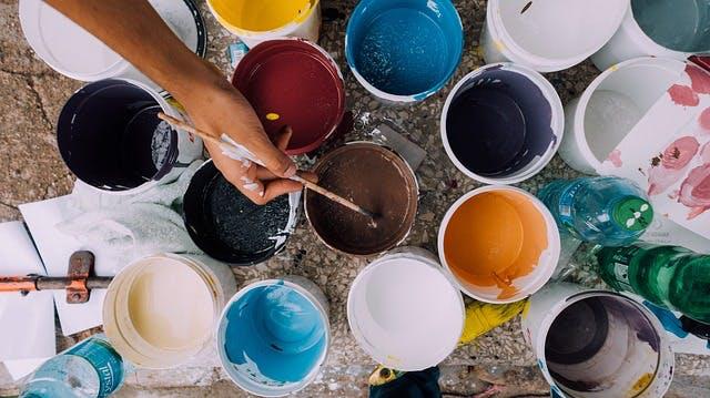外壁塗装の塗料の見分け方