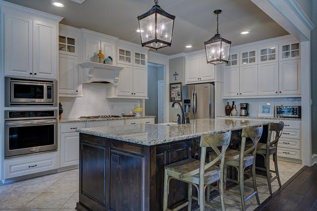 キッチンの位置や形状を変える時の注意点
